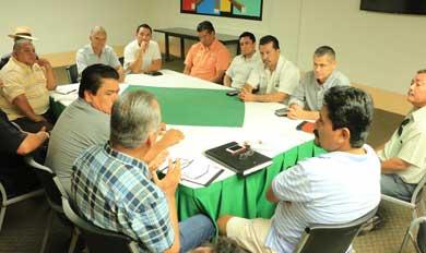 Se reunió Gobierno de Los Cabos con transportistas y gremios de taxis
