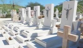 Cementerios municipales, blanco de vándalos y ladrones