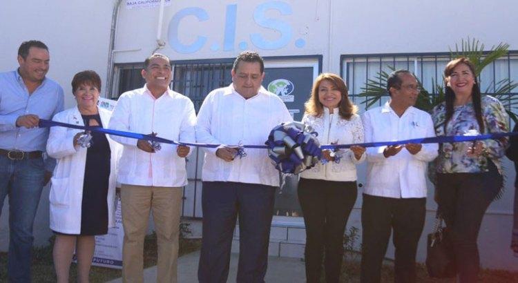 Entrega Gobernador laboratorio con nueva tecnología en CSL