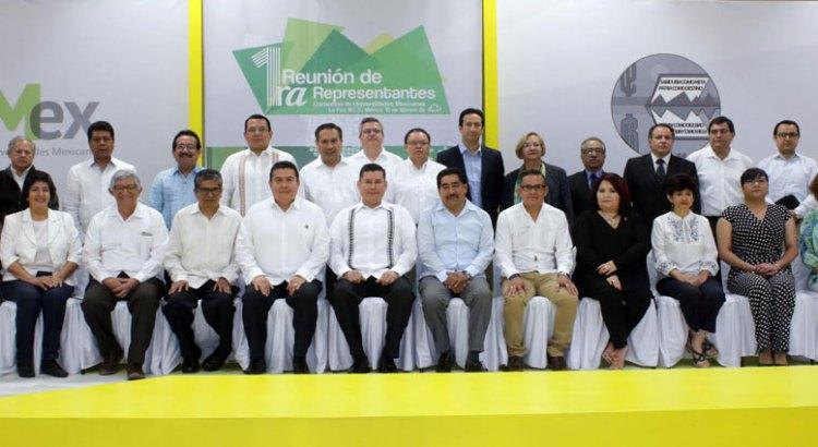 Integrantes del CUMex se reúnen en la UABCS