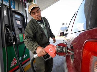 Analiza Hacienda suspender «gasolinazos» diarios