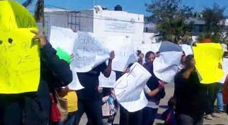 Otra manifestación en contra del Procurador