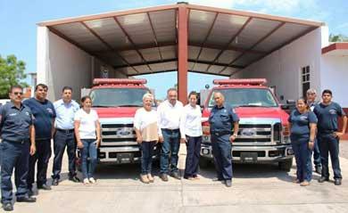 Reciben Bomberos de Loreto unidades de rescate