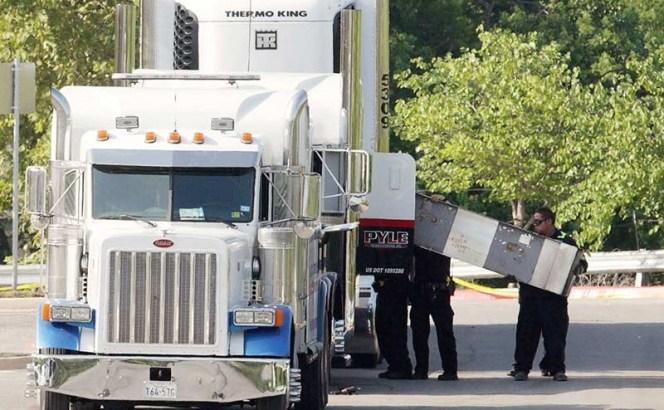 Eran mexicanos la mayoría de inmigrantes muertos en camión de Texas