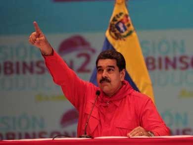 Anuncia Maduro incremento de 50% al salario