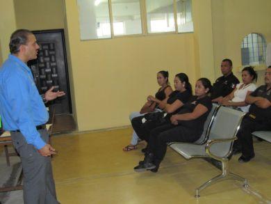 Capacita CEDH a custodios del CERESo La Paz