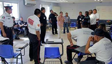 Imparte Seguridad Pública taller a policías municipales