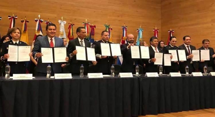 Firman convenio UABCS y la Comisión Nacional de Seguridad