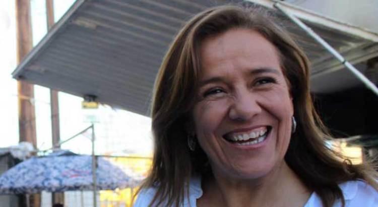 Pide  Margarita Zavala la firma de los paceños