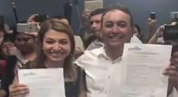 Se registran Pancho Pelayo y Guadalupe Saldaña