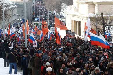 Reclaman miles de  rusos  la salida de Putin