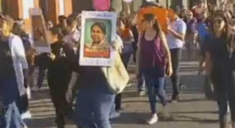Se sumó La Paz al paro de mujeres