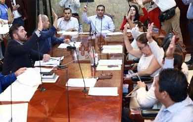 Atiende Cabildo situación de agua y educación en el municipio