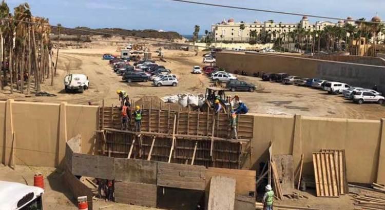 Preocupa construcción en cauce de arroyo