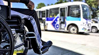Comprarán camión para niños y personas con discapacidad