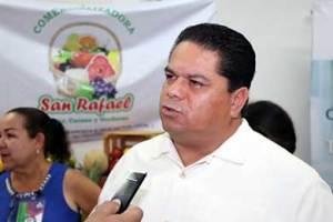 """Cabo San Lucas será testigo de la final mundial de vela """"Extreme Sailing Series"""" informó  Víctor Carbajal Ayala, director general de Fomento Económico."""