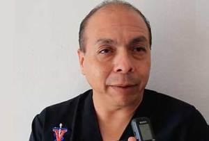 médico veterinario zootecnista, Andrés Yee.