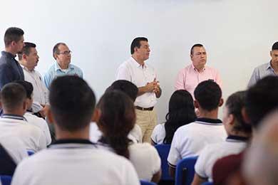 Invitan a egresados de ESCUFI a integrarse a la policía municipal