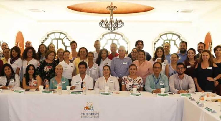 Asiste Vianey Núñez a reunión de Los Cabos Children´s Foundation