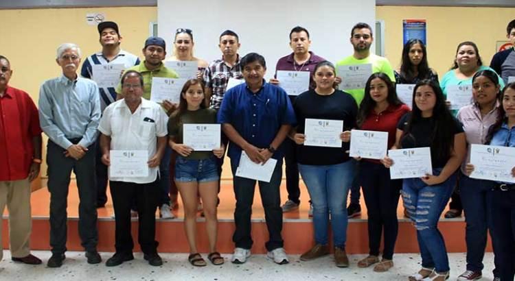 Imparte UABCS taller sobre extensionismo agropecuario