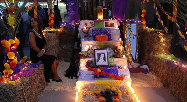 Celebró la UABCS su tradicional festejo de Día de Muertos