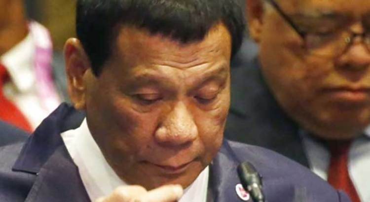 Pide Presidente de Filipinas matar a obispos católicos