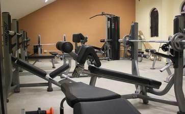 Cuenta UABCS con nuevo gimnasio de pesas