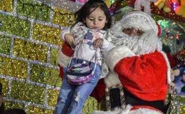Llamó niño al 911 para quejarse de su regalo navideño