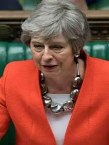 Pide May tres meses más para abandonar la UE