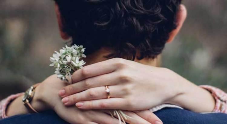 Fue a pedir la mano de su novia