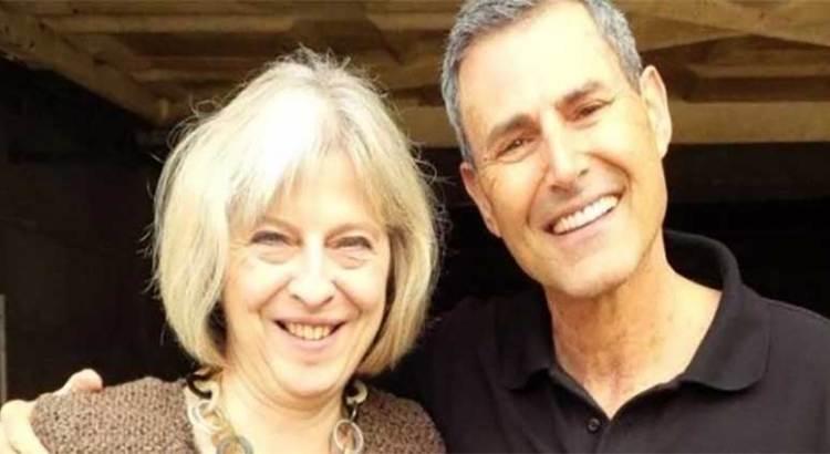 Ofrece Uri Geller detener el Brexit