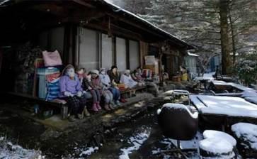 De terror, un pueblo habitado por muñecos de tela