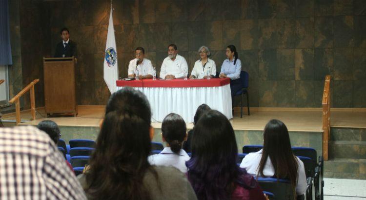 Celebran alumnos de Criminología de la UABCS su primer coloquio académico