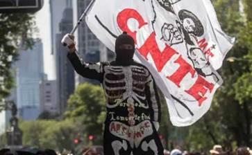 Amaga otra vez CNTE con marchas