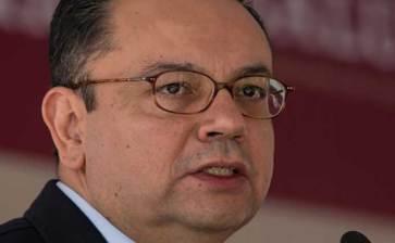 Renuncia Germán Martínez a la dirección general del IMSS
