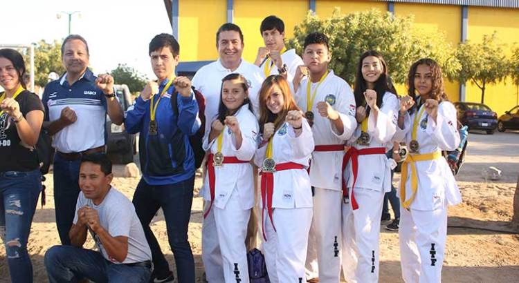 A Alemania taekwondoines de la UABCS