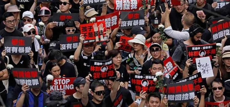 Sube tensión en Hong Kong