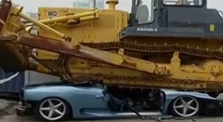 Le destrozó Hacienda su Ferrari