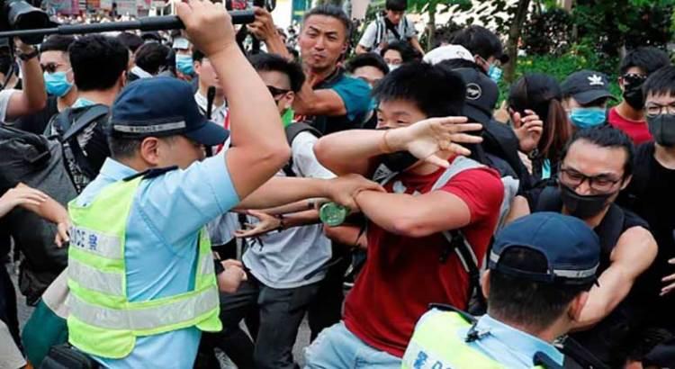 Vuelven a la carga manifestantes en Hong Kong