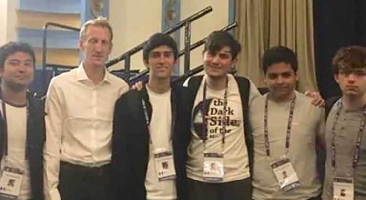 Ganan mexicanos medallas en Olimpiada de Matemáticas