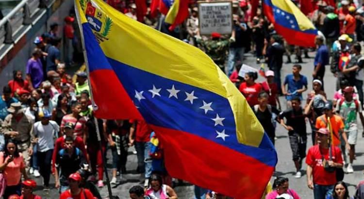 Retoman diálogo Gobierno de Venezuela y oposición