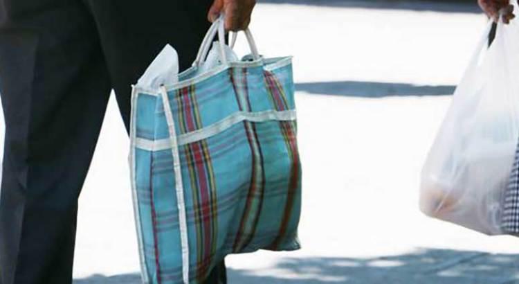 No olvide su morral cuando vaya de compras