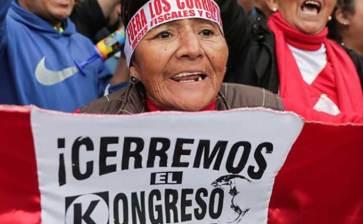 Disuelve Presidente peruano el Congreso