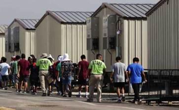 Bloquea jueza reglas de Trump para detención de niños migrantes
