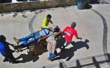Tres heridos al colapsar una viga en el Mango Deck