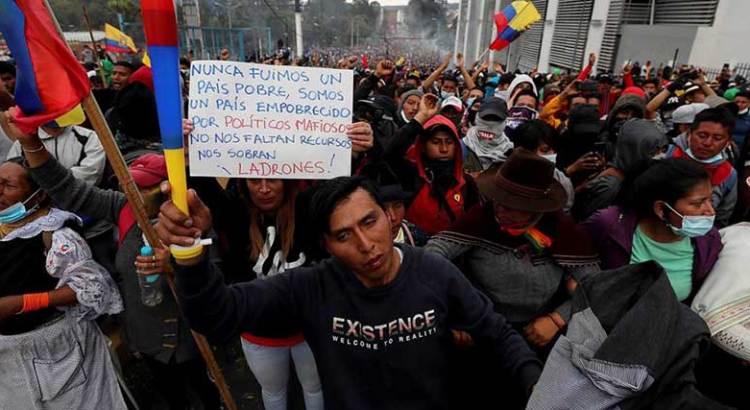 Eleva huelga general en Ecuador presión sobre gobierno