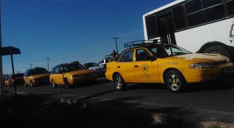 Inician gallo vehicular transportistas paceños