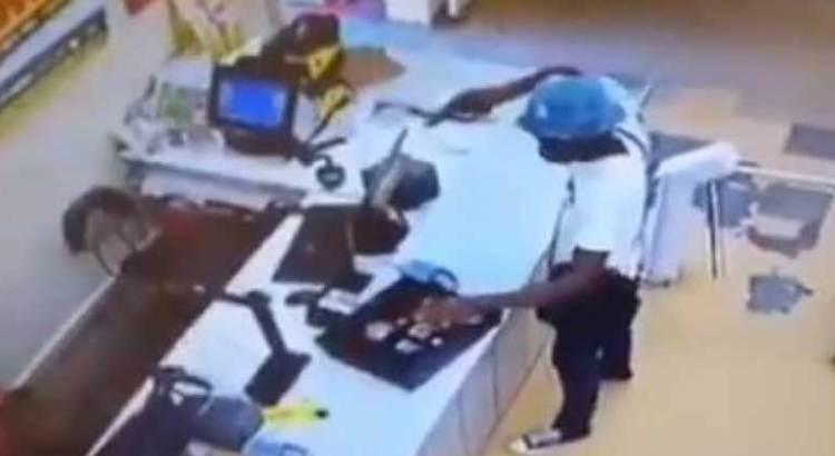 Ladrón que roba a ladrón