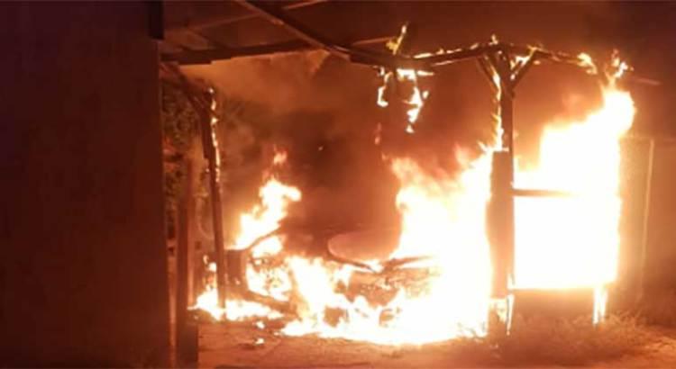 Se incendió un vehículo en El Progreso