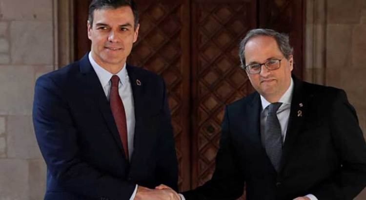 Abre España diálogo con Cataluña